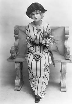 Mary Pickford, 1910s.