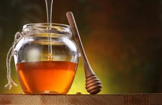 Studies show that honey can be beneficial for our health, particularly metabolic health. But honey is essentially sugar, so can diabetics eat honey? Find your answers at www. What Lowers Blood Sugar, Blood Sugar After Eating, Type 2 Diabetes Diet, Sugar Diabetes, Ginseng Tea, Lower Blood Sugar Naturally, Gastrointestinal Disease, High Blood Sugar Levels, Honey Benefits