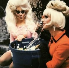 Trixie Mattel and Katya Zamolodchikova - I love the filter on this picture!