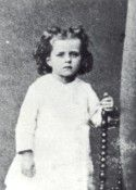 St Therese Prayer, St Therese Of Lisieux, Catholic Kids, Catholic Saints, Happy Feast Day, Jean Paul Ii, Sainte Therese, Religion, Jeanne D'arc