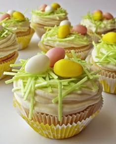 Cupcake Cakes, Cupcakes, Lemon Grass, Cake Recipes, Sweet Tooth, Muffins, Goodies, Food And Drink, Easter