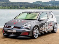 Mit 400 PS und über 1300 Watt gibt der VW Golf GTI Heartbeat den Tuning-Takt vor.
