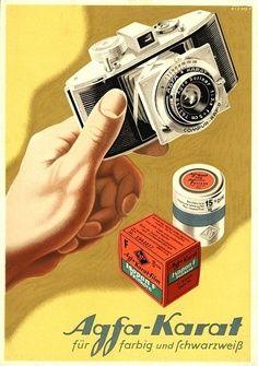 """ein-bleistift-und-radiergummi: """"Vintage Agfa Poster Ad Design by Walter Riemer 1950 """" camera muzze Retro Poster, Poster Ads, Retro Ads, Vintage Advertising Posters, Old Advertisements, Vintage Posters, Old Cameras, Vintage Cameras, Antique Cameras"""