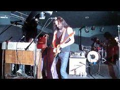 laut.fm Blues Rock Radio Köln Karlsruhe: 24 Hours & Long Way From Home @ Paladinos Bar in Woodland Hills Ca. http://laut.fm/bluesclub http://musikkarlsruhe.blogspot.com Gitarre NRW Baden Württemberg