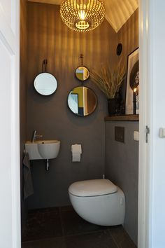 Small Toilet Design, Small Toilet Room, Bathroom Shelves Over Toilet, Downstairs Toilet, Small Bathroom Storage, Bathroom Toilets, Bathroom Styling, Tiny Bathrooms, Small Half Bathrooms