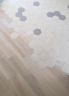 Carrelage carociment d palau saint maclou carrelage for Carrelage hexagonal parquet