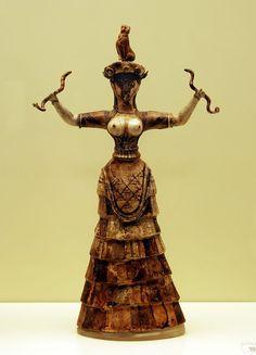 Snake Goddess - Heraklion Achaeological Museum retouched - 3rd millennium BC - Minoan Snake Goddess.