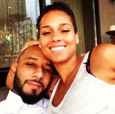 Swizz Beatz and Alicia Keys celebrating life and love Black Couples, Couples In Love, Power Couples, We Run The World, Swizz Beatz, Alicia Keys, Famous Couples, Co Parenting, Better Half