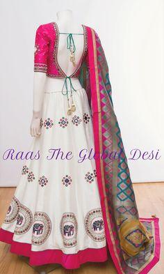 Indian Fashion Dresses, Indian Designer Outfits, Indian Outfits, Half Saree Designs, Choli Designs, Choli Blouse Design, Saree Blouse Designs, Cotton Lehenga, Lehenga Choli