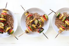 Whip up an easy to make and healthy dish on the grill today! These Teriyaki Grilled Vegetable Grain Bowls take minutes to prepare AND cook! Vegetable Skewers, Vegetable Dishes, Vegetable Recipes, Healthy Pastas, Healthy Dishes, Risotto Dishes, Vegetarian Menu, Vegan Recipes, Cooking Recipes