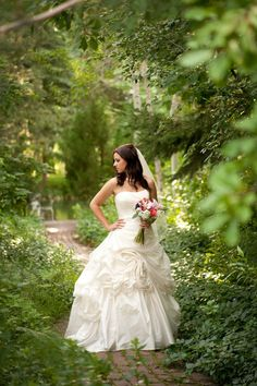 Bridal pictures at LaCaille