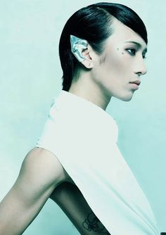 Japanese Designer Fangophilia Molds Silver Into Edgy, Armor-Like Accessories - Beautiful/Decay Artist & Design