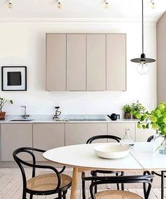 9 Top Useful Tips: Minimalist Bedroom Diy Paint Colors french minimalist decor rugs.Industrial Minimalist Interior Benches cozy minimalist home shelves.Minimalist Home Modern Interiors. Modern Grey Kitchen, Nordic Kitchen, Classic Kitchen, Scandinavian Kitchen, Minimalist Kitchen, Minimalist Interior, Minimalist Bedroom, Minimalist Decor, Home Decor Kitchen