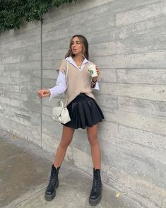 Smart Casual Attire for Women - 26 Outfits for 2021