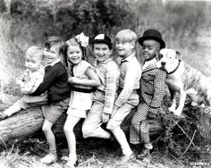 Sherwood Bailey, Matthew 'Stymie' Beard, Dorothy DeBorba, Bobby 'Wheezer' Hutchins, Kendall McComas, George 'Spanky' McFarland, and Pete the Dog in The Little Rascals (1955)