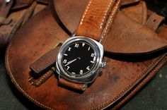 men's watch Best Looking Watches, Best Watches For Men, Cool Watches, Panerai Radiomir, Panerai Watches, Timing Is Everything, Tic Toc, Telling Time, Watch Brands