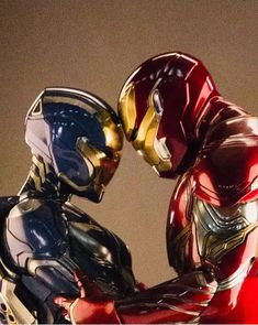 The Rescue suit & Iron Man suit together during an Avengers: Endgame promotional photoshoot: (via IG user lizgeorgoff) Iron Man Avengers, Marvel Avengers, Marvel Comics, Memes Marvel, Captain Marvel, Captain America, Iron Man Wallpaper, Tony Stark Wallpaper, Iron Man Armor
