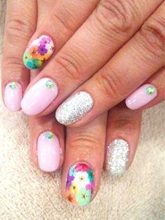 floral_mix_nail_art_