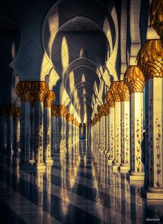 Shadows and lights at Sheikh Zayed Grand Mosque, Abu Dhabi, United Arab Emirates