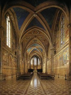 Giotto di Bondone (c. 1267 – January View of the interior Upper Church, San Francesco, Assisi, Italy Francis Of Assisi, St Francis, Amazing Architecture, Art And Architecture, Architecture Religieuse, Church Interior, Sistine Chapel, Umbria Italy, Cathedral Church