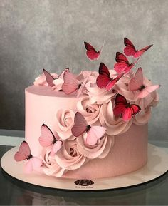 Birthday Cake Decorating Flowers Ideas 37 Ideas For 2019 Beautiful Birthday Cakes, Beautiful Cakes, Amazing Cakes, Stunningly Beautiful, Absolutely Stunning, Beautiful Flowers, Buttercream Cupcakes, Cupcake Cakes, Buttercream Cake Decorating