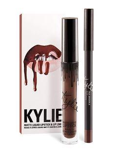 Kylie Cosmetics Velvet Lip Kit - Dazzle Liquid Lipstick and Lip Liner. Contains 1 Velvet liquid lipstick and 1 pencil lip liner in Dazzle. Kylie Jenner Lipstick, Gloss Kylie Jenner, Maquillaje Kylie Jenner, Kylie Matte Lip Kit, Best Matte Lipstick, Liquid Lipstick, Matte Lipsticks, Maroon Lipstick, Green Lipstick