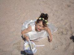 Girls Dresses, Flower Girl Dresses, Life Is Like, Wedding Dresses, Fashion, Dresses Of Girls, Bride Dresses, Moda, Bridal Gowns