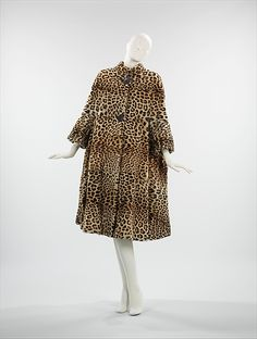 Coat  Pauline Trigère (American, born France, 1908–2002)  Department Store: Ben Kahn Furs Date: 1962