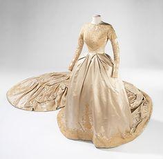 Kathryn Kuhn (American). Wedding Dress. 1960, American. The Metropolitan Museum of Art, New York. Brooklyn Museum Costume Collection at The Metropolitan Museum of Art, Gift of the Brooklyn Museum, 2009; Gift of Charles H. Hirschhorn, 1967 (2009.300.3321a, b)