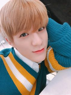 Read 1 jeno from the story Black Coyote (NCT Dream/Renmin) by (Little Lion) with 703 reads. Jeno was counting the signals. Nct 127, Yang Yang, Winwin, Jaehyun, Black Coyote, Zen, Fandom, Jeno Nct, Lucky Day