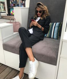 usinessoutfits Casual business fall outfits for women Casual Work Outfits, Business Casual Outfits, Mode Outfits, Classy Outfits, Fashion Outfits, Womens Fashion, Fashion Trends, Fashion Clothes, Office Outfits
