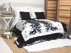 The Nguni cow is a very special part of the South African culture. This blanket reflects the beauty of these animals - in a striking and classic, yet modern design. Acrylic Blanket, Perfect Gift For Dad, African Culture, Home Look, Modern Design, Bedroom Decor, Luxury, Blankets, Warm