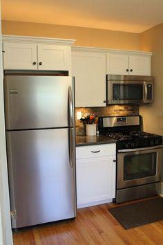 Small Kitchen Remodel, Featuring Slate Tile Backsplash | Remodelaholic