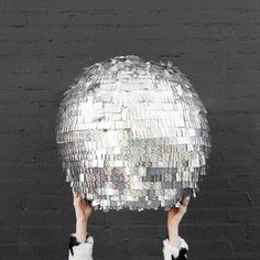 We turned our disco ball costume into a disco ball piñata because #newyearseve!!!!!! Tutorial on the blog!!! ✨✨✨✨✨✨✨✨ www.studiodiy.com ( by @jeffmindell)