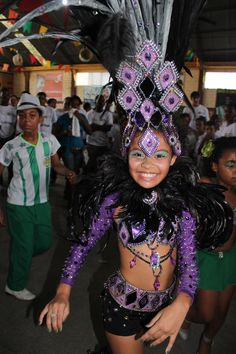 Carnival rio de janeiro by danielle maingot on wander Kids Carnival, Carnival Masks, Carnival Costumes, Girl Costumes, Dance Costumes, Brazil Carnival Costume, Trinidad Carnival, Caribbean Carnival, Carnival Outfits