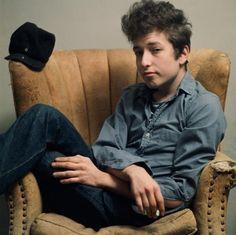 1712619_Musician_Bob_Dylan-large_trans_NvBQzQNjv4BqpnI8Rj06GSL2LQ_GblAqJljfxFZ7XcQ1Bv4prCJMK9Y.jpg (709×708)