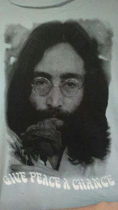 Pontos, compostos na formação do desenho do John Lennon