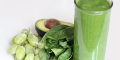 One of these breakfast smoothies every day = weight-loss success! http://popsu.gr/32187321