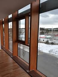 「glass screen curtain wall,wooden house」の画像検索結果