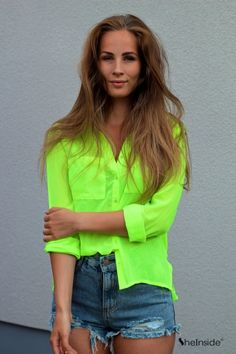 Neon Button Down All Fashion, Latest Fashion For Women, Women's Fashion Dresses, Fashion Looks, Womens Fashion, Neon Shirts, Summer Outfits, Cute Outfits, New Wardrobe