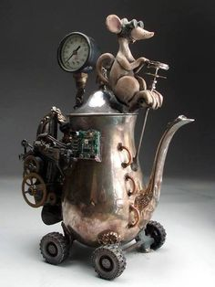 this is just too stinking cute. Steampunk Teapot Hybrid Car Folk Art Pottery Raku by Face Jug Maker Grafton Style Steampunk, Steampunk Fashion, Steampunk Crafts, Steampunk Dolls, Steampunk Theme, Steampunk Cosplay, Teapots And Cups, Teacups, Junk Art