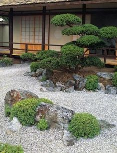 80 Wonderful Side Yard And Backyard Japanese Garden Design Ideas. If you are looking for 80 Wonderful Side Yard And Backyard Japanese Garden Design Ideas, You come to the right […]. Japanese Garden Style, Japanese Garden Landscape, Japanese Gardens, Japanese Design, Japan Garden, Small Gardens, Garden Styles, Amazing Gardens, Land Scape