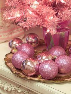 Vintage pink Christmas ornaments use vintage mirrored makeup tray Pink Christmas Ornaments, Pink Christmas Decorations, Gold Christmas, Christmas Balls, Christmas Colors, All Things Christmas, Christmas Holidays, Ball Ornaments, Glitter Ornaments