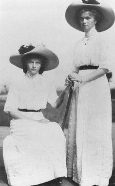 Grand Duchesses Tatiana and Olga