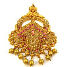 Mugappu and antique pendants-gold-pendants1-18-.jpg