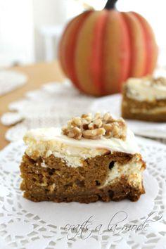 Super Scrumptious Pumpkin Cheesecake Cake | Crafts a la mode