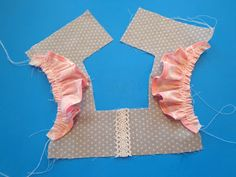 Tie Dye Diva Patterns: Tutorial Tuesday: How to add flutters to the Fair & Squar. - Tie Dye Diva Patterns: Tutorial Tuesday: How to add flutters to the Fair & Squar. Tie Dye Diva Patterns: Tutorial Tuesday: How to add flutters to th. Baby Dress Patterns, Kids Patterns, Doll Clothes Patterns, Blouse Patterns, Sewing Kids Clothes, Sewing For Kids, Baby Sewing, Barbie Clothes, Little Girl Dresses