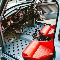 Coopers theory of evolution Mini Cooper S, Mini Cooper Classic, Classic Mini, Classic Cars, Retro Cars, Vintage Cars, Mini Clubman, Mini Countryman, Fiat 500