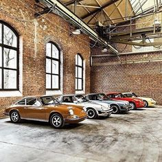 Photo : Visit the Porsche - Stuttgart Community today for more pictures and news: Porsche 550 Spyder, Porsche 2017, Porsche Cars, Dream Garage, Car Garage, Classic Sports Cars, Classic Cars, Porsche 911 Classic, Porsche Carrera Gt