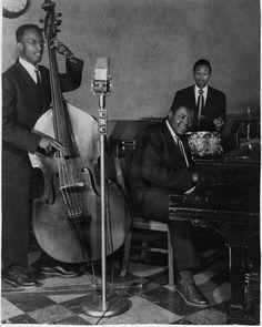 "The Oscar Peterson Trio (Austin ""Ozzie"" Roberts, Clarence Jones, Oscar Peterson)"